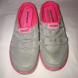 Skechers Women Slides Size 6